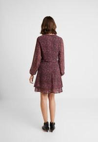 Dorothy Perkins - DITSY RUFFLE FIT AND FLARE - Day dress - purple - 2