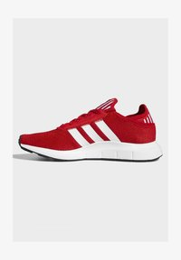 adidas Originals - SWIFT SPORTS STYLE SHOES - Sneakersy niskie - red - 1
