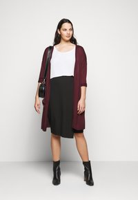 CAPSULE by Simply Be - BUTTON DOWN PENCIL SKIRT - Pencil skirt - black - 1