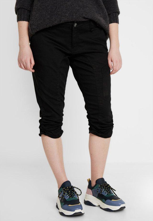 CAPRI - Shorts di jeans - black