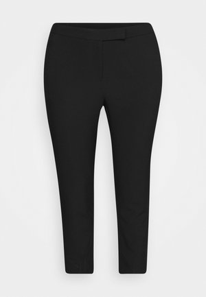 ESSENTIAL TAPERED TROUSER - Kangashousut - black