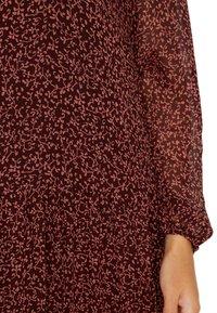 Vero Moda - VMROBERTA ANCLE DRESS - Maxi dress - port royale/brick dust - 6