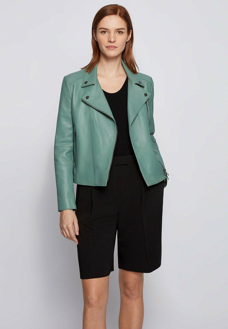 BOSS - Veste en cuir - light green