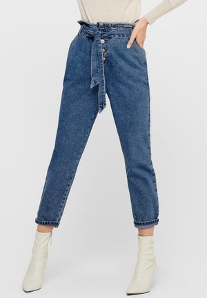 HIGH WAIST ONLJANE HW BUTTON PAPERBAG BELT - Vaqueros boyfriend - medium blue denim