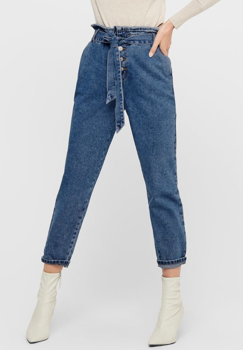 ONLY - HIGH WAIST ONLJANE HW BUTTON PAPERBAG BELT - Relaxed fit jeans - medium blue denim