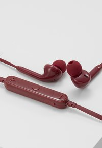 Fresh 'n Rebel - VIBE WIRELESS IN EAR HEADPHONES - Koptelefoon - ruby - 4
