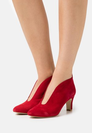 LEATHER - Boots à talons - red
