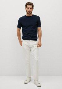 Mango - ROSS - Basic T-shirt - indigo blue - 1