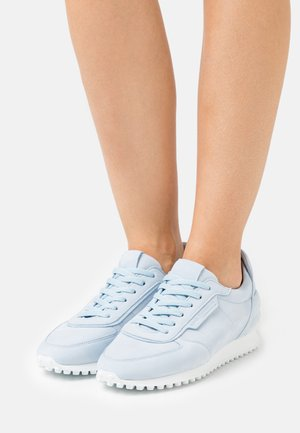 CLUB - Trainers - baby blue/white