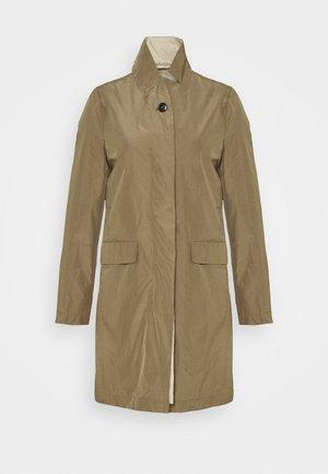 PURE PORI - Classic coat - green umber