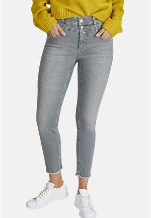 MIT DOPPELKNOPFVERSCHLUSS - Jeans Skinny Fit - grau