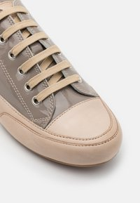Candice Cooper - ROCK - Sneakers laag - taupe/sabbia - 6