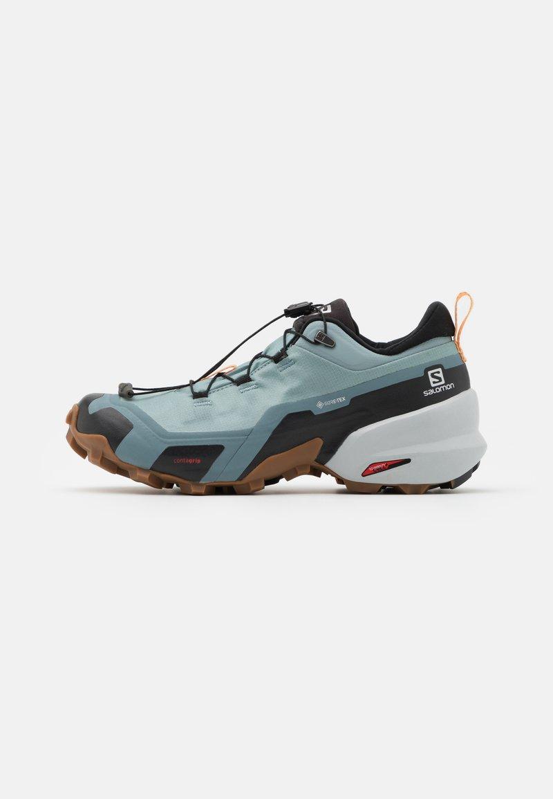Salomon - CROSS HIKE GTX - Hiking shoes - slate/trooper/almond cream