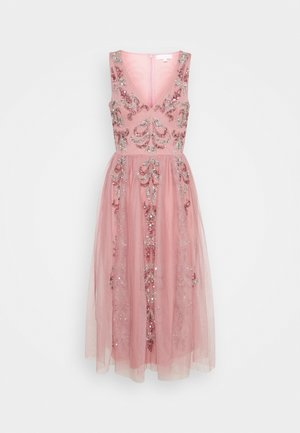 V NECK EMBELLISHED DRESS - Robe de soirée - heather rose
