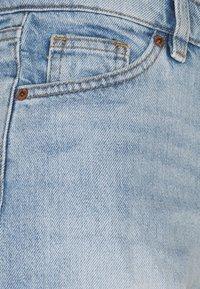Monki - TALLIE - Jeansshorts - blue dusty light - 5