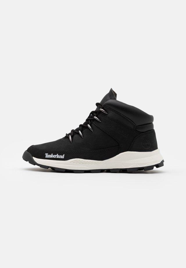 BROOKLYN - Höga sneakers - black