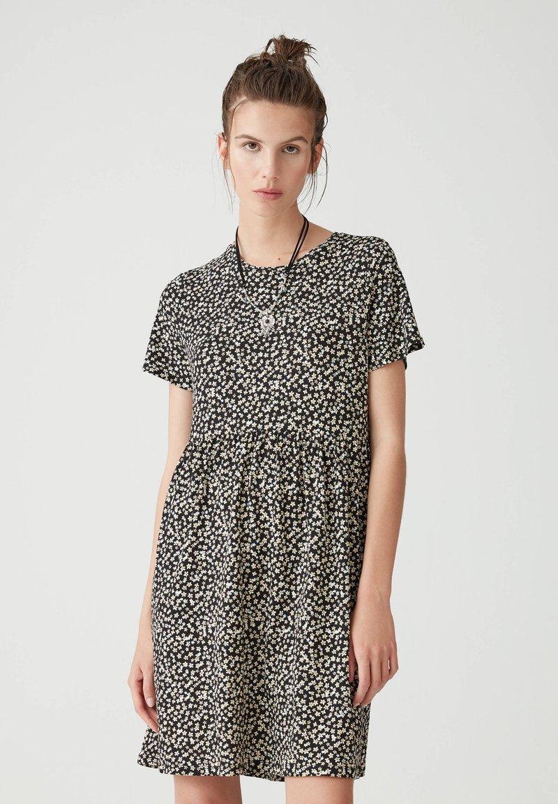 PULL&BEAR - Sukienka letnia - black