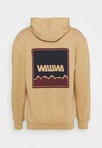 WAWWA - NUUK GRAPHIC HOODY UNISEX  - Felpa con cappuccio - oat - 1