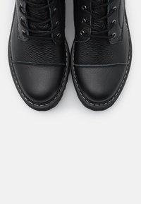 Steven New York - FLORCAP - Šněrovací vysoké boty - black - 5