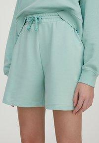 PULL&BEAR - Shorts - green - 5