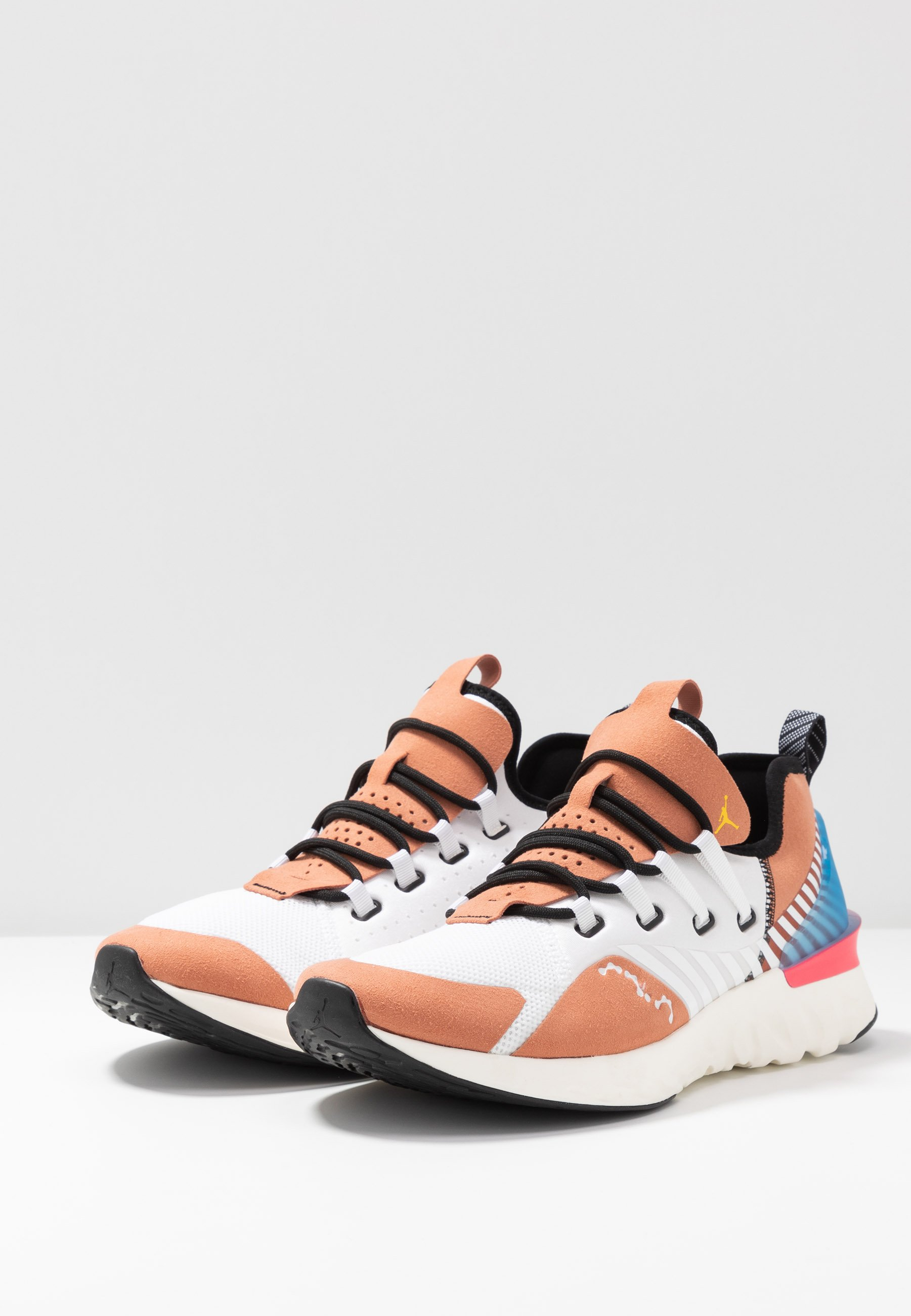 Jordan REACT HAVOC SE - Basketballschuh - white/metallic gold/terra blush/black/weiß - Herrenschuhe GG5kM
