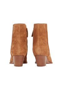BOSS - KENDAL  - Classic ankle boots - light brown - 4