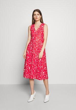 CULTURA - Korte jurk - red