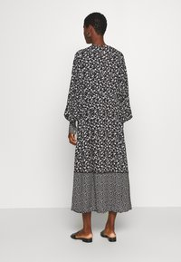 Culture - CUNANCY DRESS - Day dress - black - 2