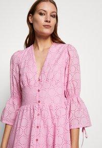 IVY & OAK - BROIDERY ANGLAISE DRESS - Day dress - blush - 3