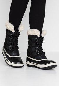 Sorel - CARNIVAL - Snowboots  - black/stone - 0