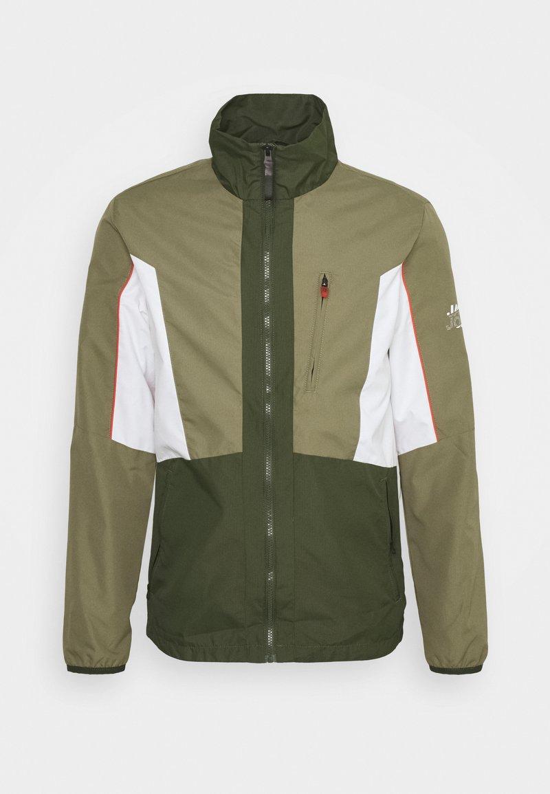 Jack & Jones - JCOCARSON LIGHT JACKET COLLAR - Light jacket - deep lichen green