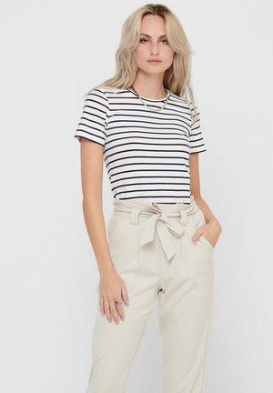 MIT KURZEN ÄRMELN BASIC - T-shirt basique - white 2