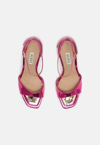 Guess - DIVINE - Sandály - pink - 4