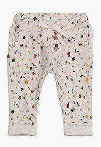 Noppies - PANTS REGULAR CAIRO BABY - Kalhoty - whisper white melange - 0