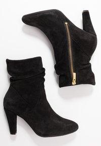 Carvela Comfort - RITA - Classic ankle boots - black - 3