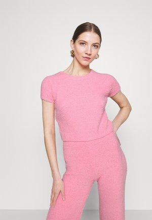 POPCORN - Jednoduché triko - pink