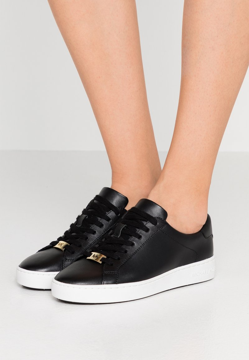 MICHAEL Michael Kors - IRVING LACE UP - Sneakers laag - black