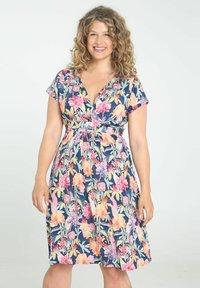 Paprika - Day dress - multicolor - 0