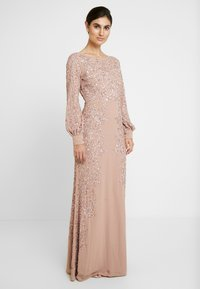 Maya Deluxe - FLORAL EMBELLISHED MAXI DRESS WITH BISHOP SLEEVES - Galajurk - pale mauve - 3