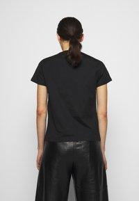 Pinko - QUENTIN - Print T-shirt - black - 2