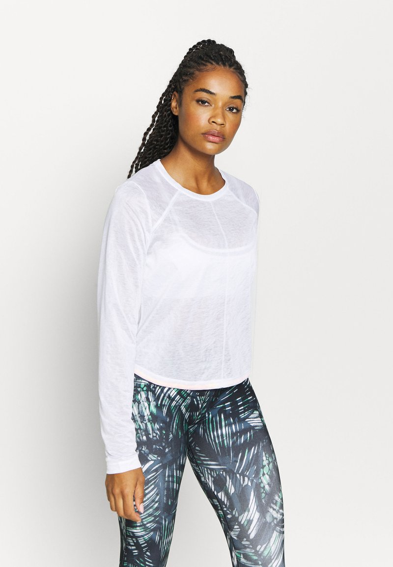 Sweaty Betty - AGILITY WORKOUT - Long sleeved top - white