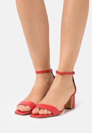 KEDEAVIEL - Sandals - red