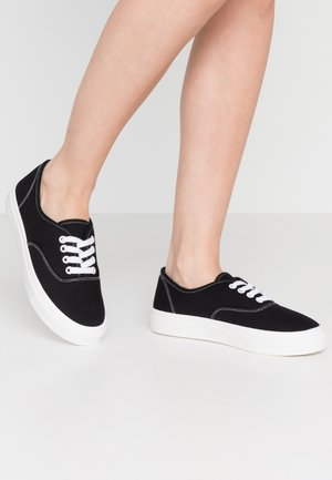 JAMIE LACE UP - Tenisky - black/white