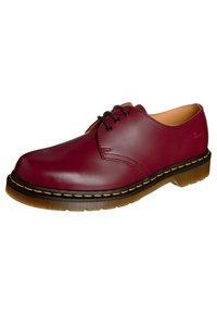 Dr. Martens - 1461- 3 EYE SHOE - Sznurowane obuwie sportowe - cherry red - 0