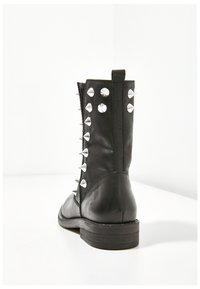 Inuovo - Ankle boots - black blk - 4