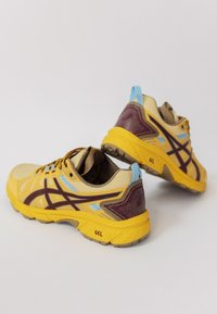 ASICS SportStyle - HN1-S GEL-VENTURE™ 7 - Trainers - yellow/ox brown - 3