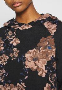 ONLY - ONLELCOS EMMA HOOD - Hoodie - black/flower - 5