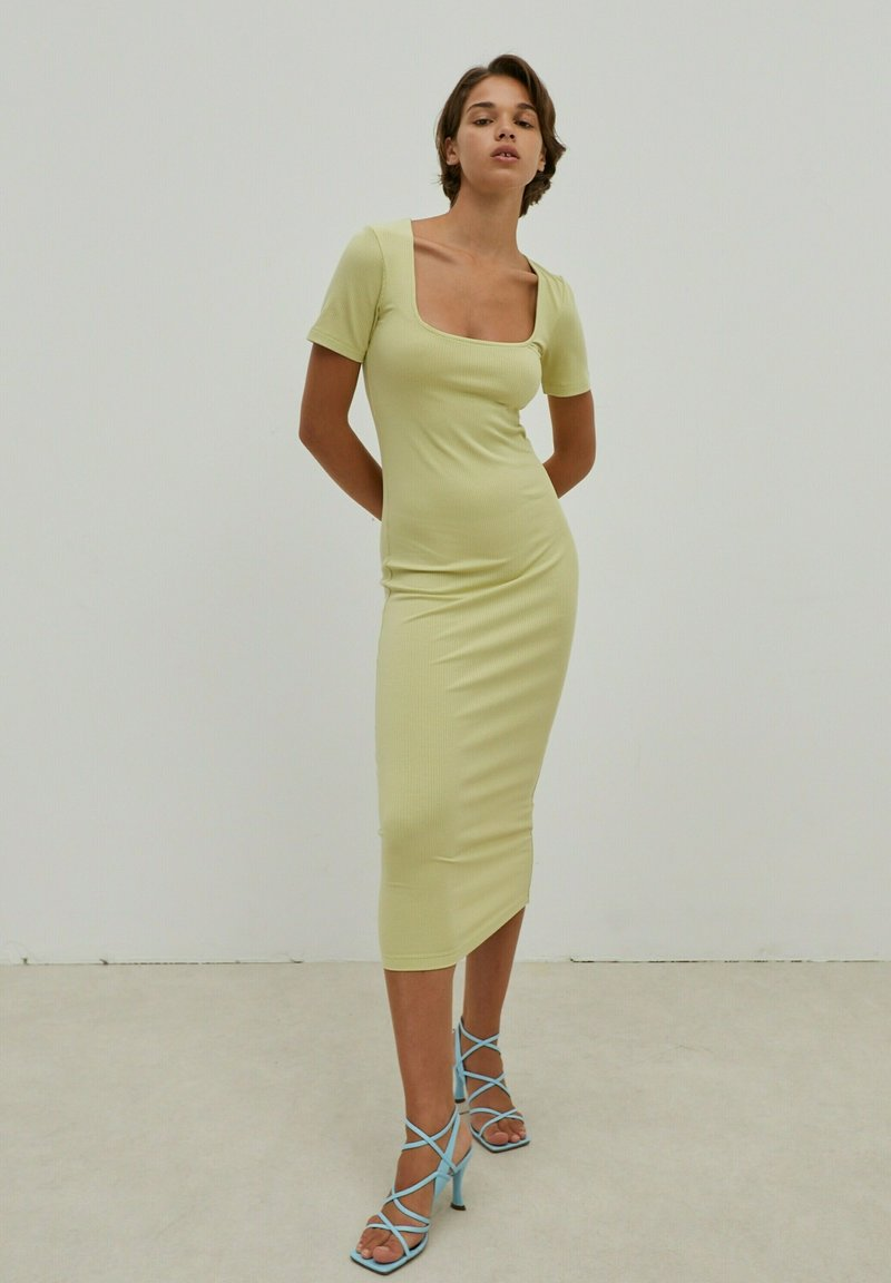 EDITED - INGRID - Jersey dress - grün