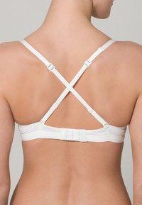 Skiny - LOVERS - Triangel BH - white - 2
