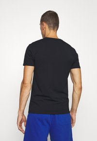 Selected Homme - SLHNEWPIMA ONECK TEE 3 PACK  - Undershirt - black - 2